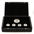 Yoropiko by Martin Yat Ming white gold rhodium plated button set with gift box YORO2395